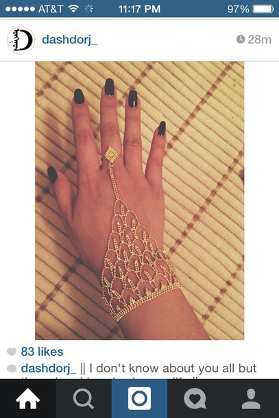 jewels hand jewelry jewelry gold shiny sparkle nails black nails bracelets