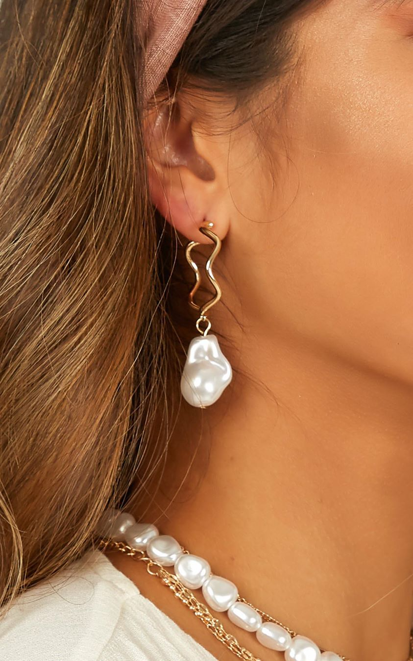 Showpo Hung Up On You Earrings In Gold And Pearl Euro Vacay Edit