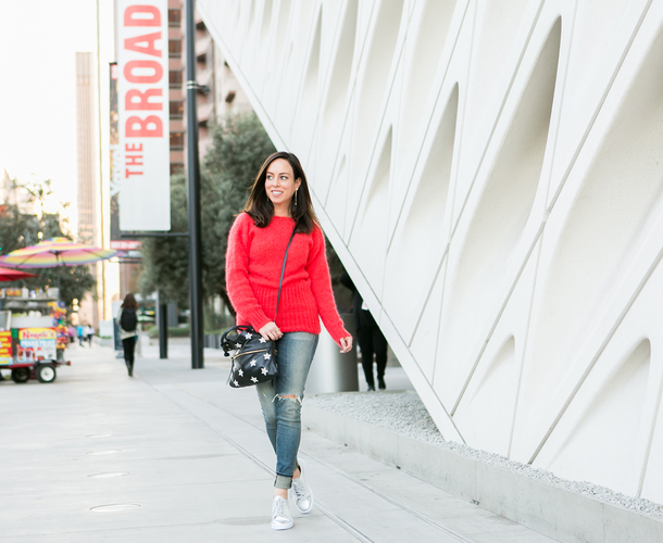 sydne summer's fashion reviews & style tips blogger sweater jeans bag shoes red sweater sneakers fall outfits