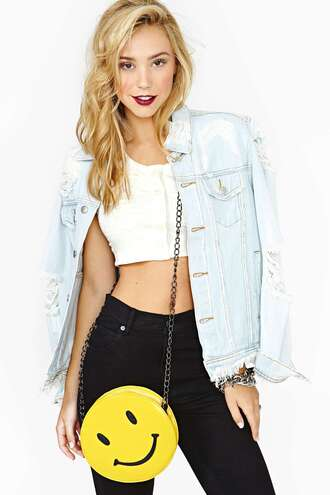 bag smiley pockets yellow jacket denim jacket jean destroyed crop tops white crop tops red lipstick blonde hair black black pants chain bracelet chains