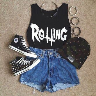 tank top shoes hat shirt grunge vans soft grunge chuck taylor all stars studs camp beanie black shorts jewels t-shirt accessories