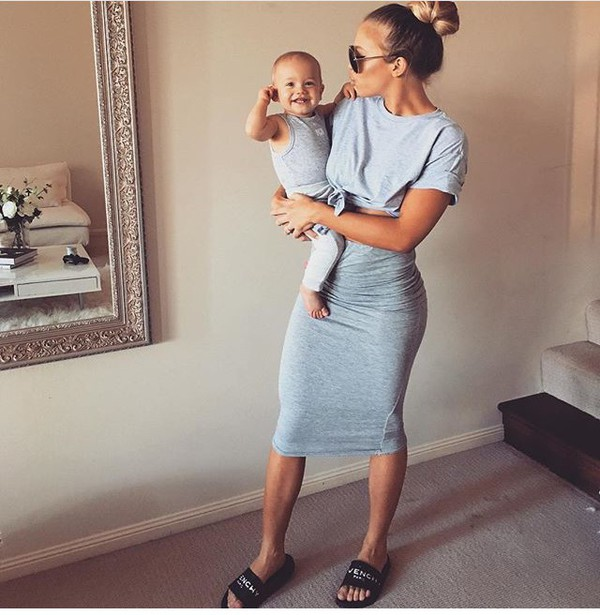 Top Outfit Tammy Hembrow Blue Top T Shirt Knitted