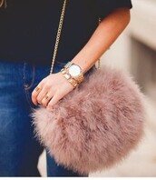 bag,blush,fluffy,furry purse,faux fur,dusty pink,chain bag,furry pouch,furry bag