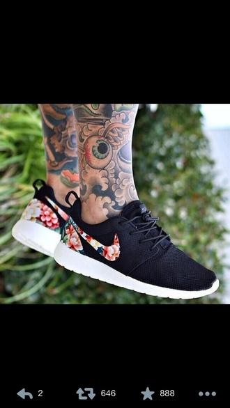 shoes nike roshe run black floral nike roshe run trainers nike running shoes hawaiian roshe run http://www.buyrosherunwoven.co.uk/womens-nike-roshe-run-floral-black-shoe-p-624.html