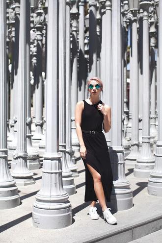 leanne lim walker blogger sunglasses dress belt jewels