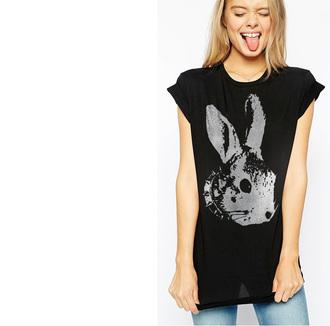 t-shirt tumblr top tumblr top funny black graphic tee bunny rock celebrity style tumblr t-shirt black top starmaniac