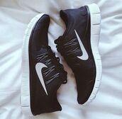 shoes,nike running shoes,nike shoes,nike sneakers,nike free run,nike shoes womens roshe runs,nike black and white b&w black laces shoes,sports shoes