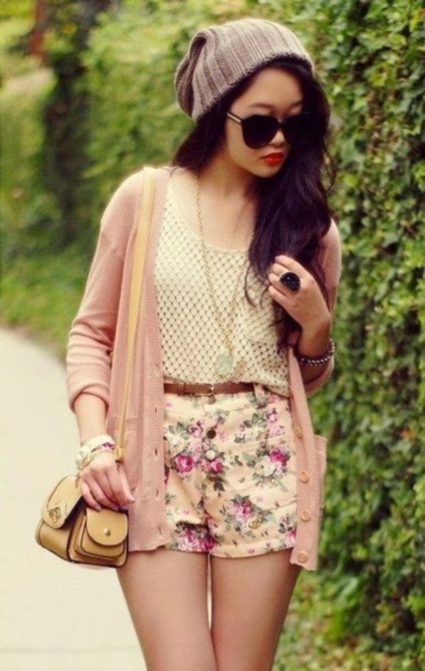 shorts floral high waisted shorts beanie hat sweater bag blouse sunglasses