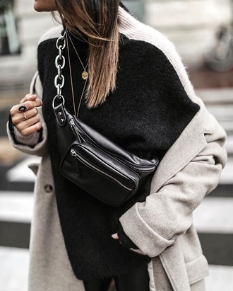 bag fanny pack black bag sweater ring accessories accessory black sweater necklace