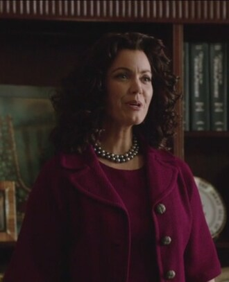 jacket pink boxy scandal knit elbow-sleeve mellie grant bellamy young