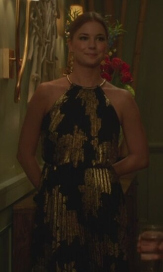 dress revenge gown emily vancamp emily thorne amanda clark