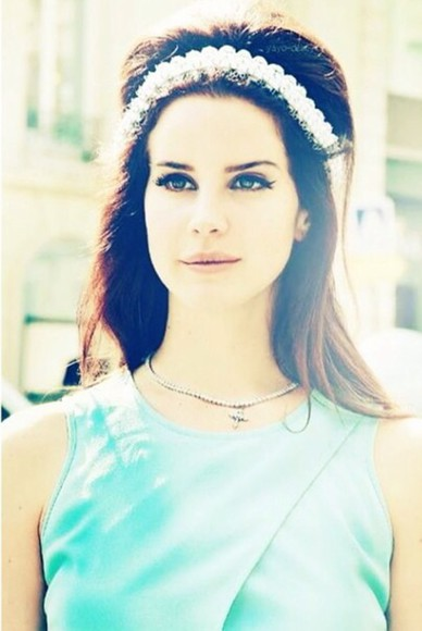 lana del rey hair accessories