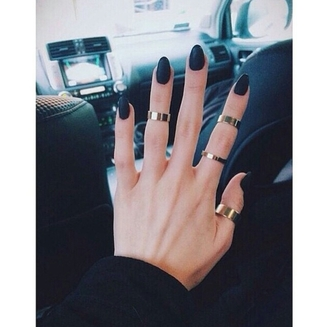 jewels ring metallic rings gold rings fingers tumblr outfits on point clothing on point grunge alternative fresh