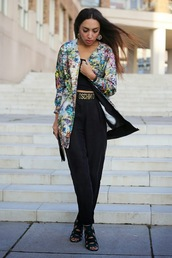 from hats to heels,blogger,belt,bomber jacket,colorful,moschino,pants