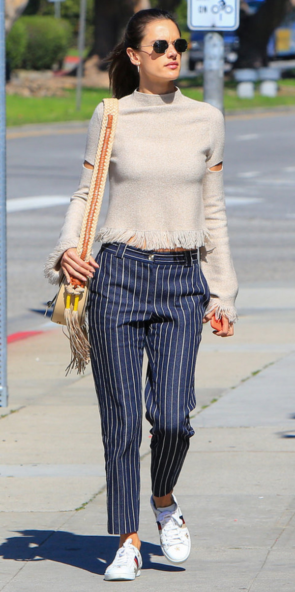 sweater pants navy navy pants alessandra ambrosio streetstyle model off-duty sneakers spring outfits