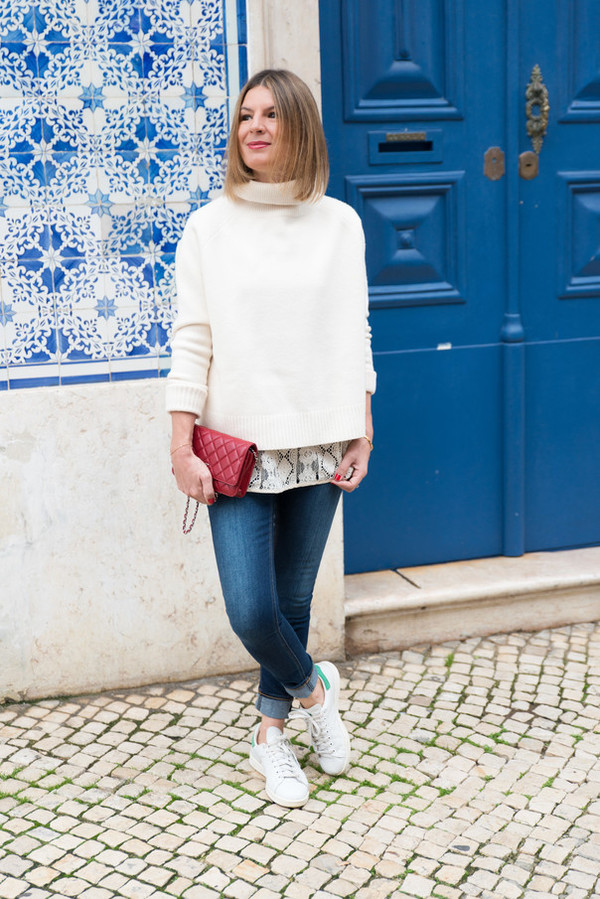 the working girl blogger jeans top off-white