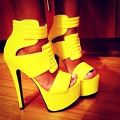 shoes,yellow,heels,musthave