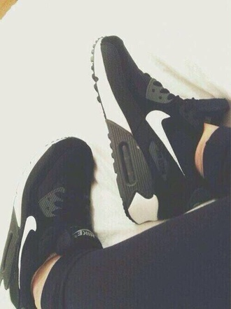 shoes nike sneakers nike running shoes style nike max air cool girl style glass pipe unicorn trainers running shoes sportswear athletic shoe cool nike nike air what which sweet amazing flawless dream noah new york city nike free run what kind are these air air max airmaxes black & white