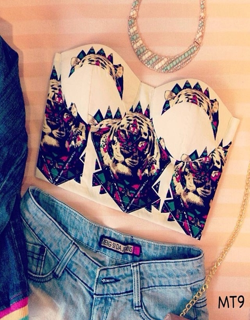 Lion print cropped top