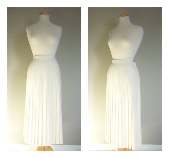 Vintage PLEATED MAXI SKIRT in by clotheslinesvintage on Etsy