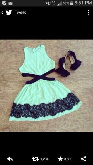 dress green dress lace high neckline