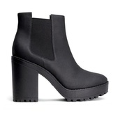 shoes,black,boots,chunky heel,stretchy,fabric,leather,black leather,black boots,ankel boots,black ankle boots,leather boots