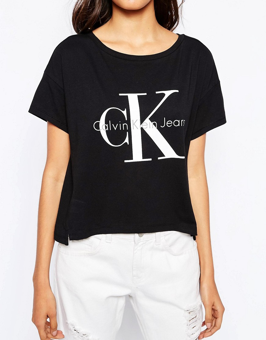 Black t shirt calvin klein - Calvin Klein Jeans Cropped Boxy T Shirt With Logo At Asos Com