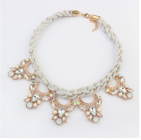 jewels neackless beautiful cute