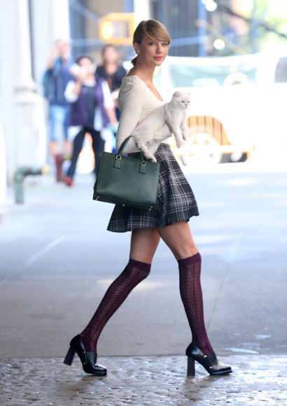 taylor swift plaid skirt cute shoes