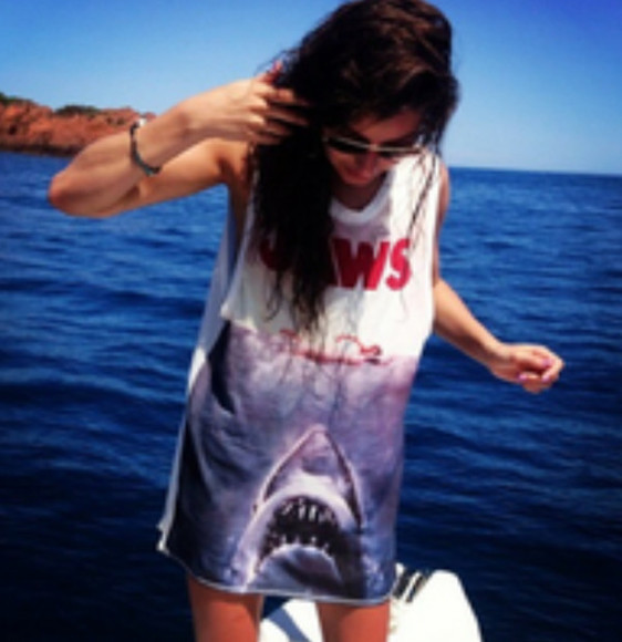 movie shirt bracelets muscle shirt jaws sunglasses shark