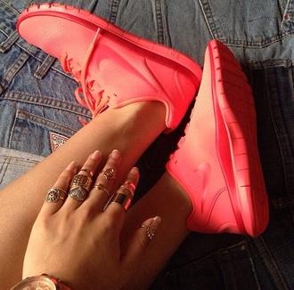 shoes ohmg nike orange yes dope running ring gold swag matte gold jewelry gold ring nike running shoes nike roshe run