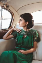 dress,green,lace,detail,pattern,bridal gown,prom dress,pleated front,cut-out,belt,night dress
