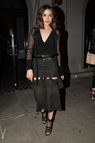 skirt all black everything midi skirt olivia culpo booties spring outfits