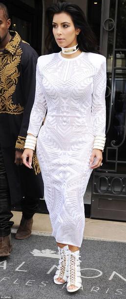 kim kardashian white dress balmain white shoes