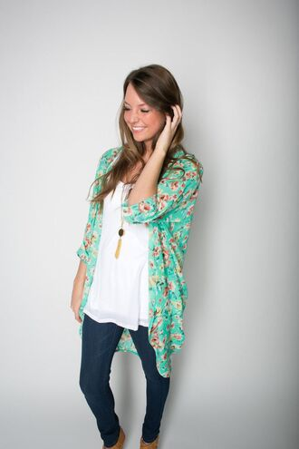 cardigan kimono perfect oversized flowy blue pink colorful floral jeans necklace jewels floral blue