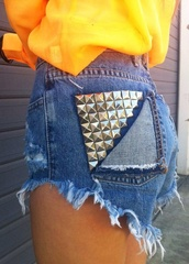 shorts,high waisted denim shorts,studs,denim shorts,High waisted shorts,blouse