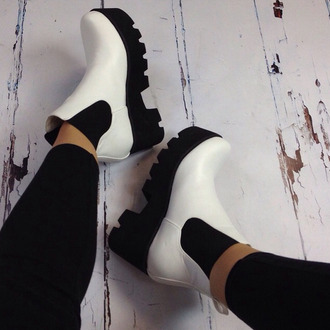black and white high elastic low shoes