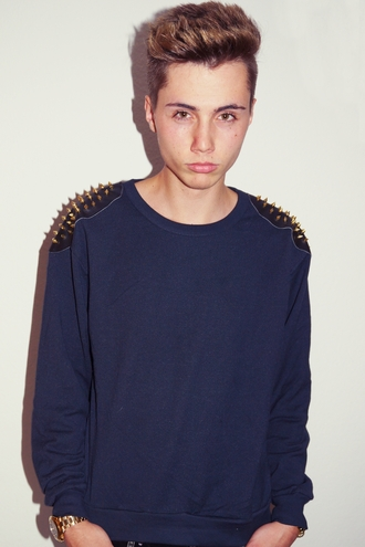 maximilian seitz haute couture spikes golden spikes spikesweater spike clothing spike vans nikes nikes rohse run roshe run black gold gold black rolex hot boy woman outfit fair trade bag shoes t-shirt spiked shoes spiked hats leahter fair trade fashion sweater