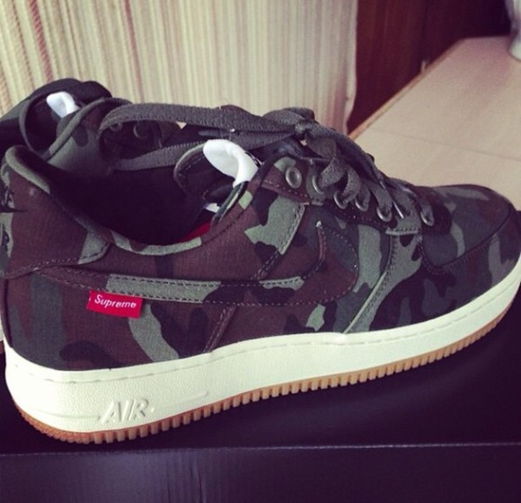camouflage shoes supreme nike air