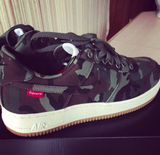 shoes supreme nike air camouflage edit tags