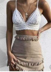 shirt,white,lace bralette,pretty,bralette,lace,bra,top,white top,coachella,festival top,festival