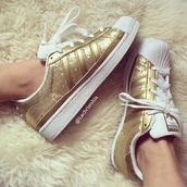 shoes,adidas,adidas superstars,gold,gold sneakers