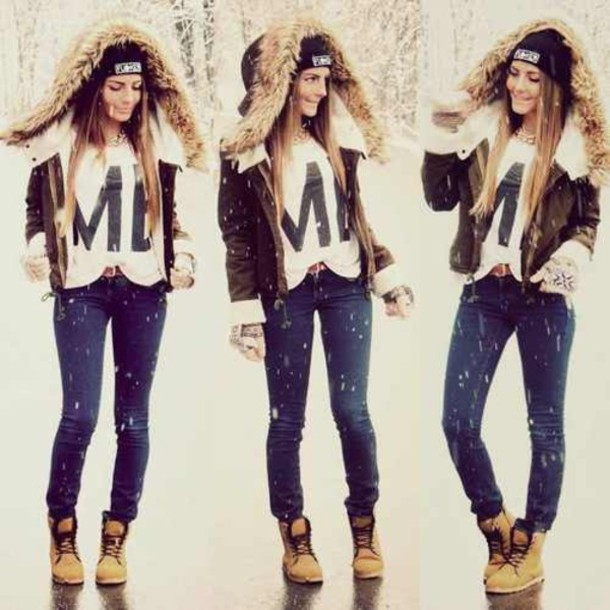 shirt coat jeans timberlands beanie shoes fur fur trim hood winter outfits winter outfits winter boots boots tumblr girl snow jacket christina grimmie blouse t-shirt girly warm hoodie girl women coldweather beige jacket beautiful brown brown jacket leather stylish winter jacket fall outfits fall outfits white cute hood bomber jacket shearling jacket suede jacket