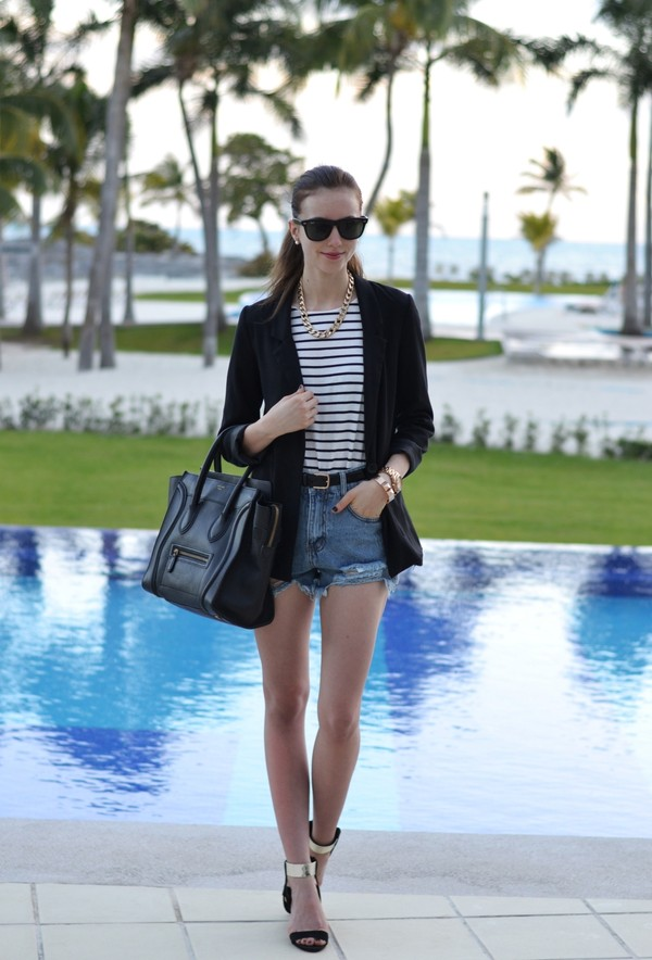 vogue haus t-shirt shorts jacket jewels bag shoes sunglasses