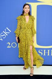 dress,yellow dress,irina shayk,sandals,sandal heels,model,slit dress,cfda