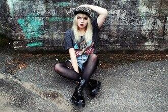 t-shirt shirt grey studds cap denim shorts hot cute black hipster punk punk hipster stockings leggings blonde hair drmartens