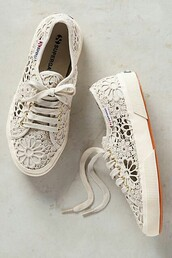 shoes,lace shoes,white sneakers,lace sneakers,zappos,superga