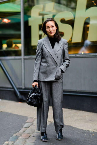pants fashion week 2016 fashion week street style fashion week london fashion week 2016 grey pants streetstyle lfw wide-leg pants blazer grey blazer power suit two piece pantsuits matching set top black top turtleneck boots black boots bag black bag office outfits fall outfits