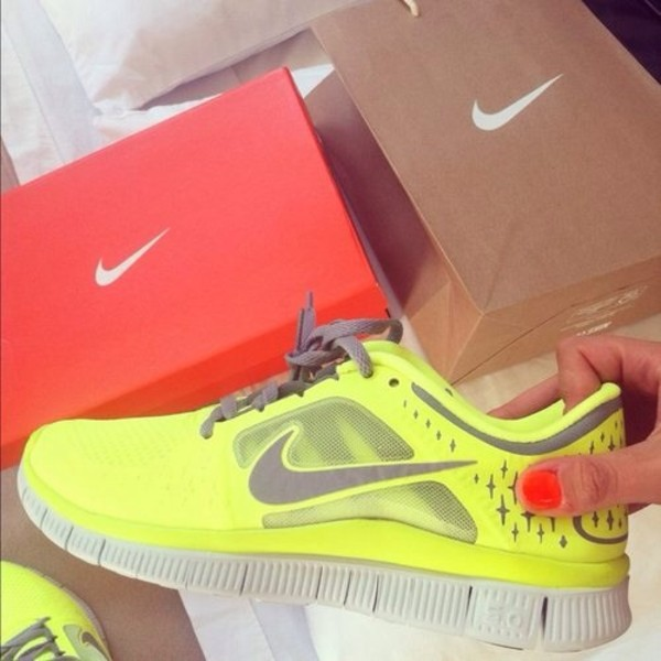 Nike FREE 5.0 Running Shoes Neon Yellow Volt Gray 579959-701 Men's Size 12D