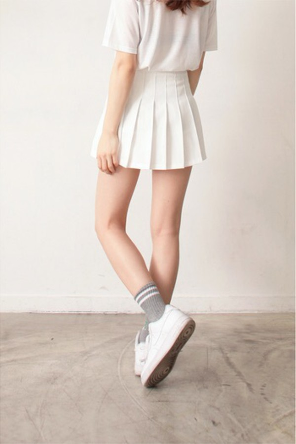 High Waisted White Pleated Skirt - Dress Ala